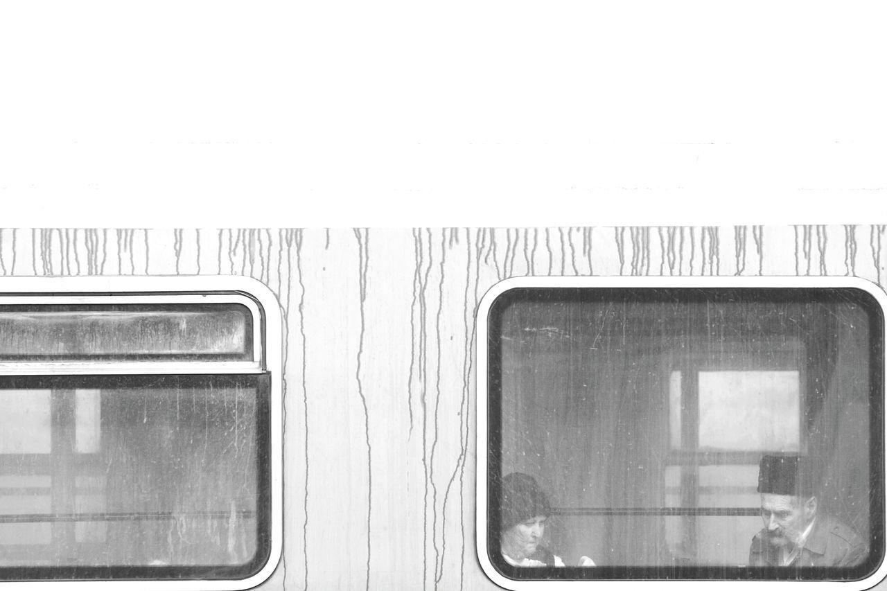 family portrait Train Train Station Train - Vehicle Trainphotography Train Ride Trainstation Transport Blackandwhite Street Photography Black And White Streetphotography People Of EyeEm Train Window Street WeekOnEyeEm Traveling Travel Old People Travelling