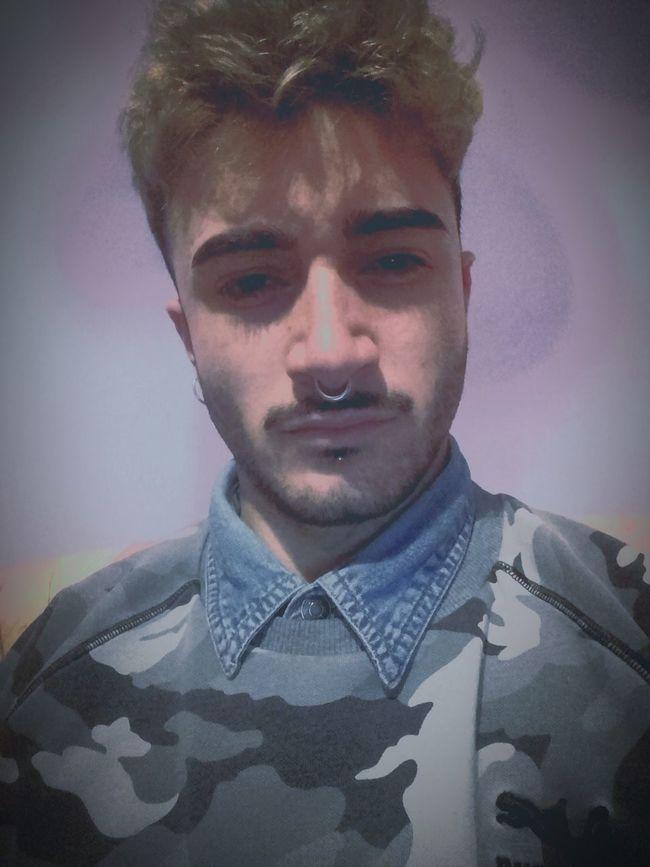 Cosi sembro un Piskelletto Dark?😂💪💣 Portrait One Person Adults Only People Adult Italy Sardegna Sassari Like4like Followme Daje Rap Yo Ahaha