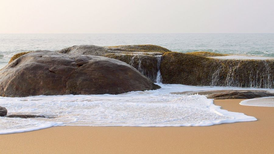 Sri Lanka Yalanationalpark Yala Yala National Park Sri Lanka Yala National Park Yala Beach Sand Sea Waves