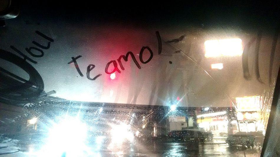 Te amo Illuminated Night Arts Culture And Entertainment Nightlife No People Rainy Night Rainy Rainy Window I Love You Je T'aime Ich Liebe Dich Tamo Ti Amo