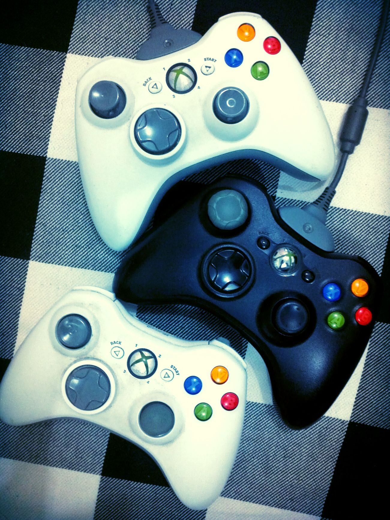 Let's play a little Halo 4 Xbox 360 Wargame Chilling