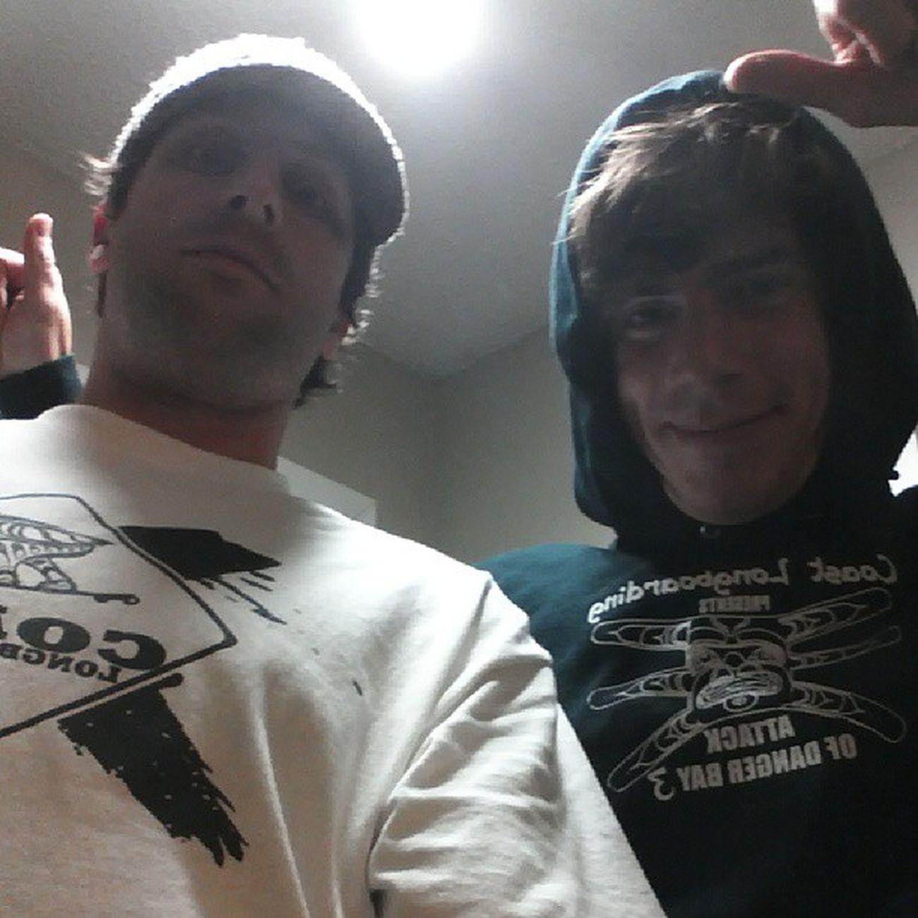 Gave Kev my DangerBay 3 COASTLONGBOARDING hoodie tonight. Parting geography after years @aerakrimes