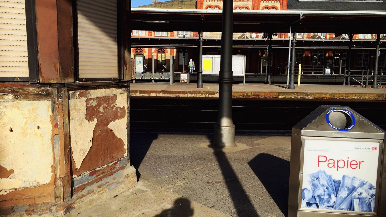 Peoplephotography Streetphoto_color Recycle Papercraft Train Station Stendal Lerone-frames Old Buildings People In Niches