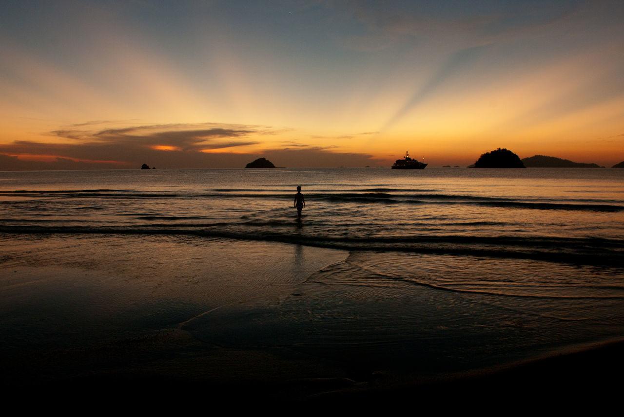 Beach Beauty In Nature Bestsunsetever Horizon Over Water Koh Adang Koh Lipe Nature Neighborhood Map No People Outdoors Reflection Sand Satun_Thailand Scenics Sea Silhouette Sky Sun Sunrays Sunset Thai Thailand Tranquil Scene Tranquility Water