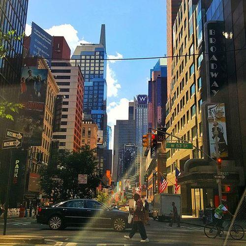 Through the window Ny_love Iloveny Ilovenyc Just_newyork Newyork Primeshots_nyc Icapture_nyc Manhattan Nycprimeshot Nycprimeshooters Newyorkcity