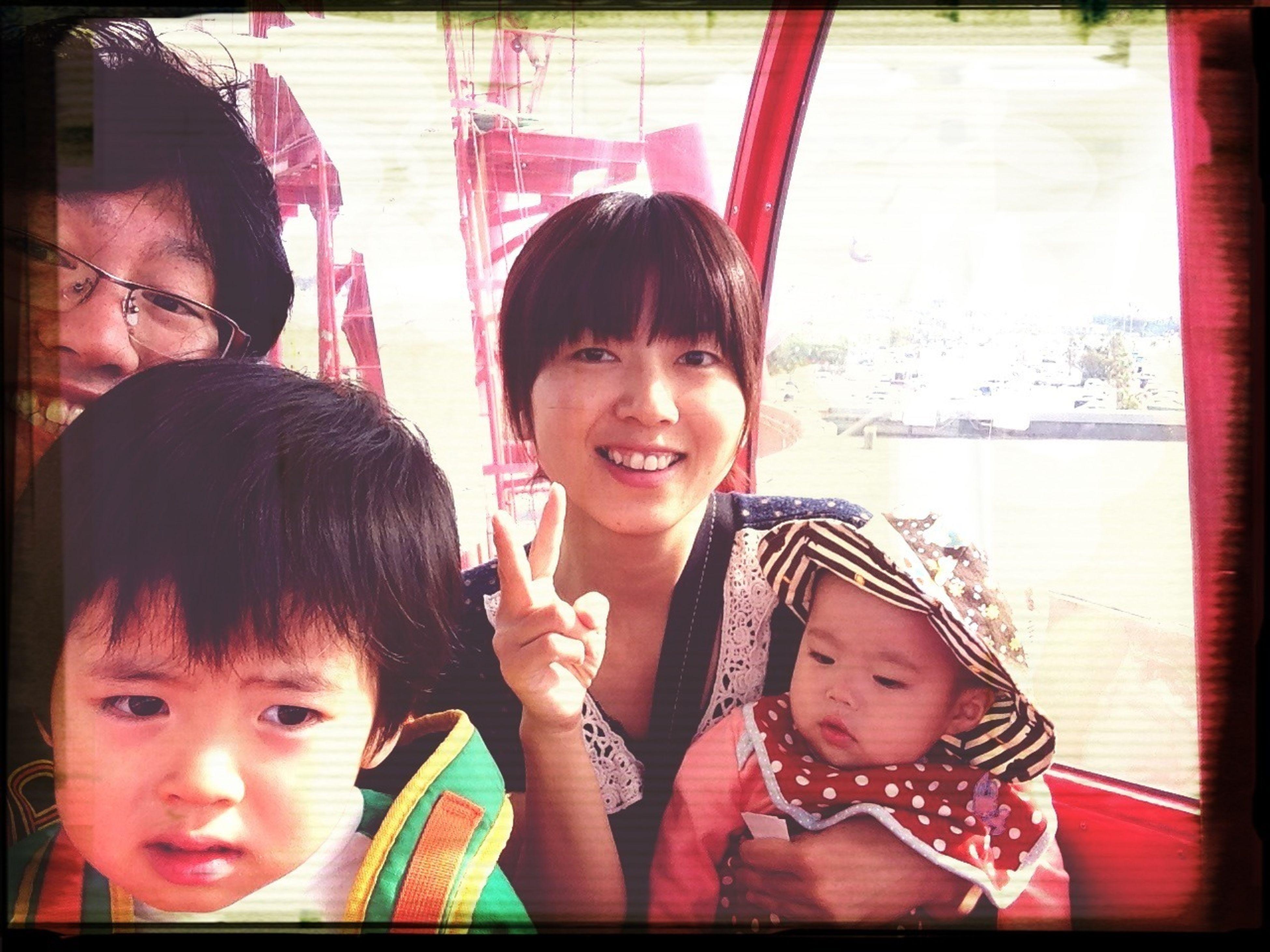 日曜日に家族で観覧車。初観覧車が家族と乗れていい思い出になりました。
