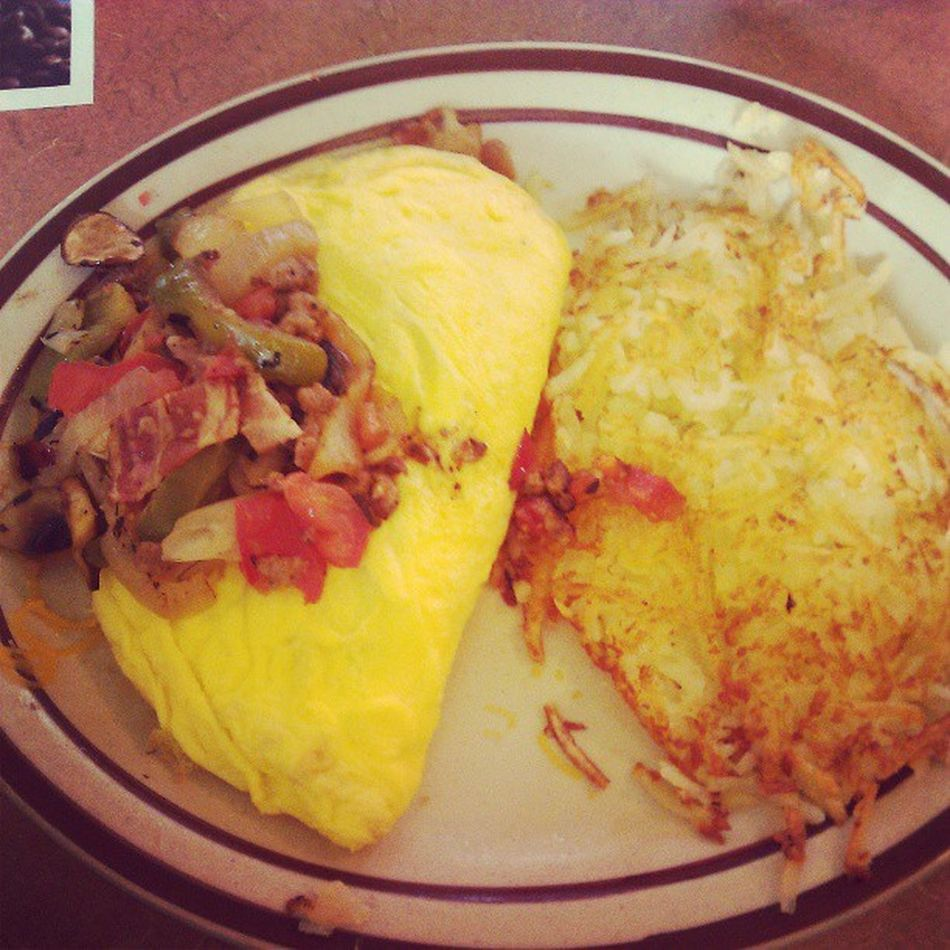 I loves me a good omelette! #dennys #omellete #instafood #foodporn #sickaf #breakfast Breakfast Foodporn Dennys Instafood Sickaf Omellete