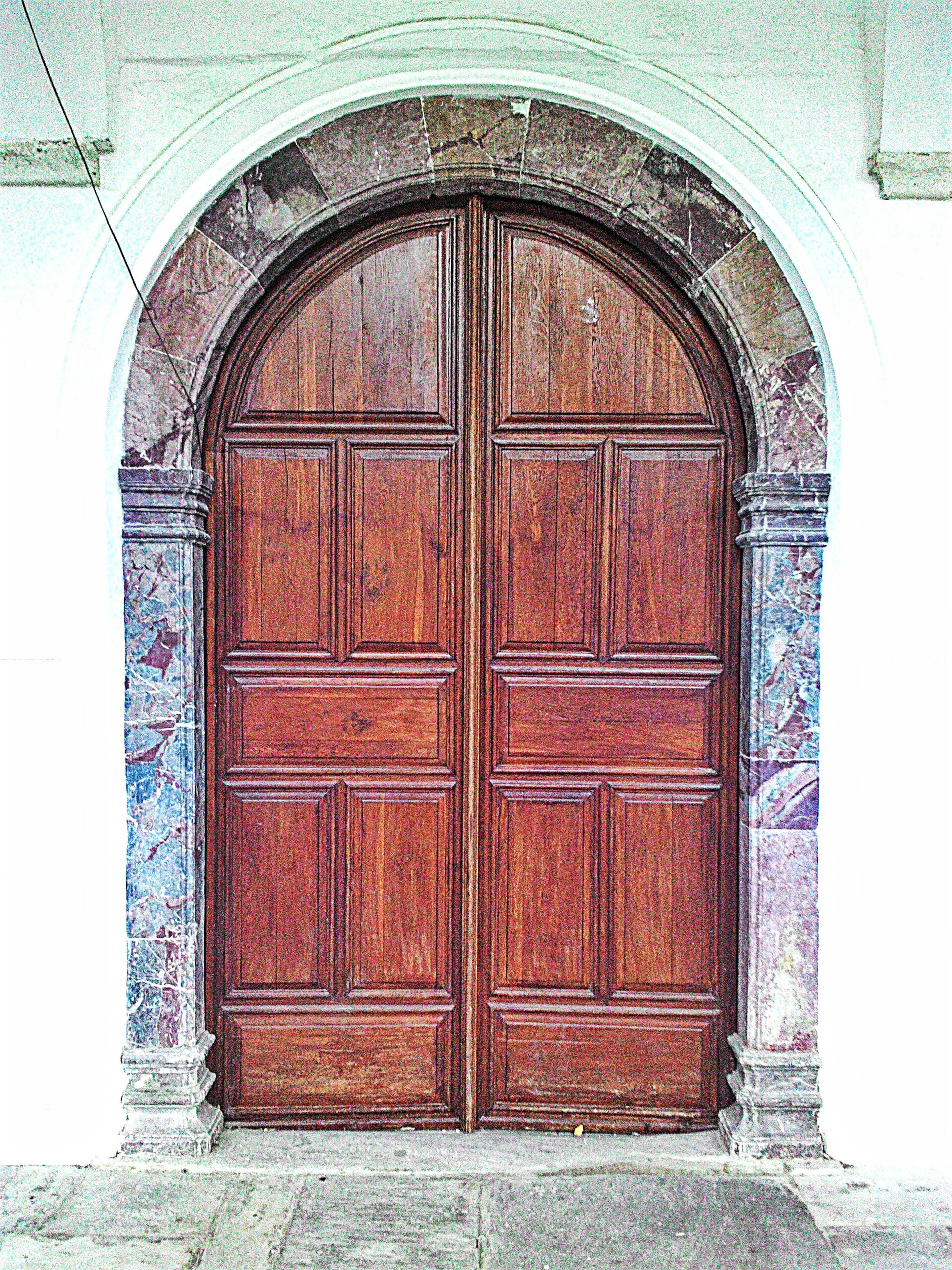🚪🚪🚪 Traveling Colors Doors Wood Old Buildings Geometric Shapes Walking Around