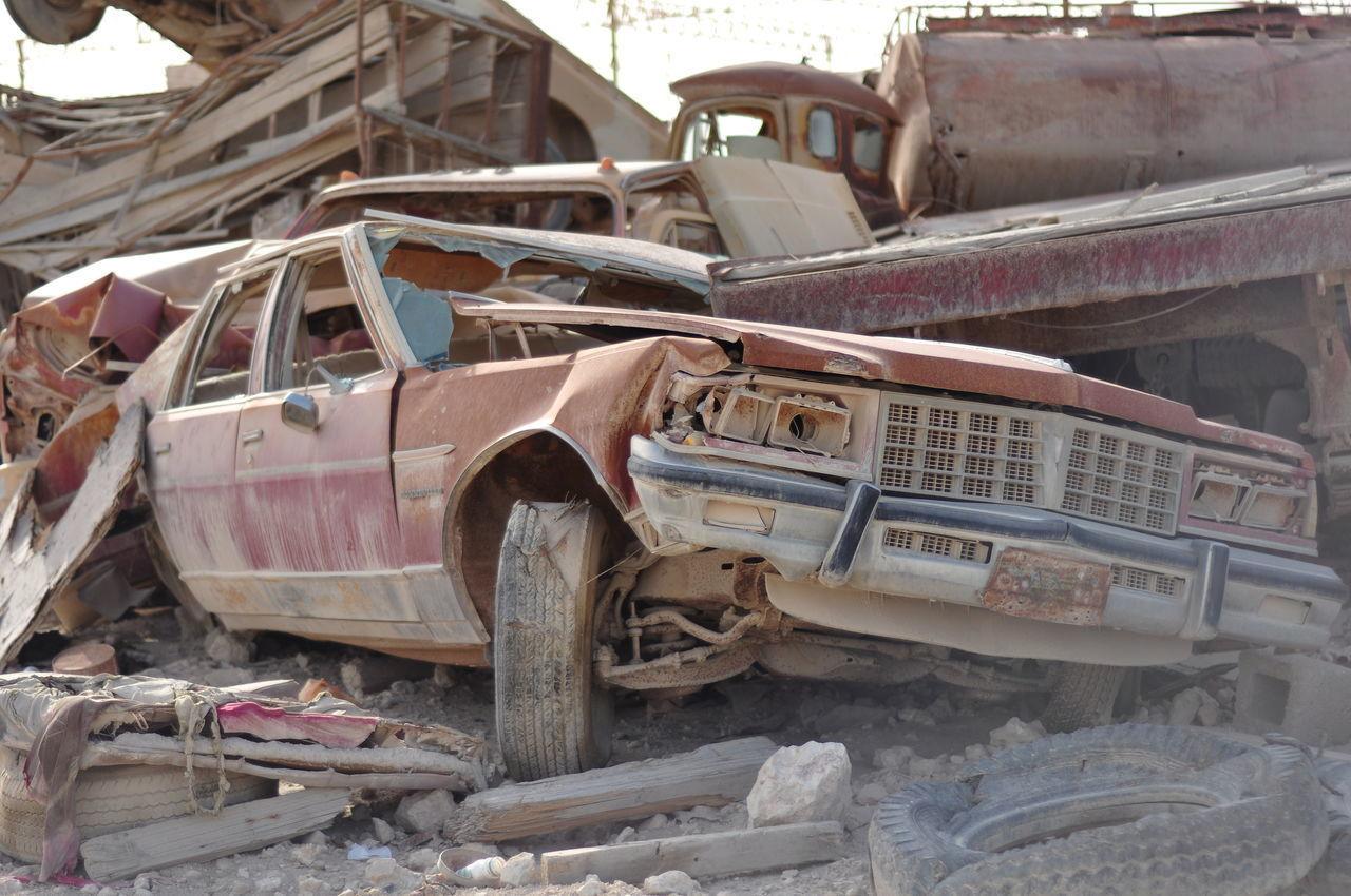 car, abandoned, destruction, damaged, transportation, land vehicle, no people, day, outdoors, desolate