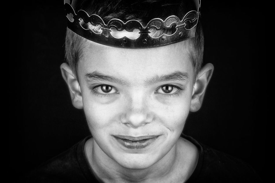 Beautiful stock photos of crowns,  12-13 Years,  Adult,  Adults Only,  Boy