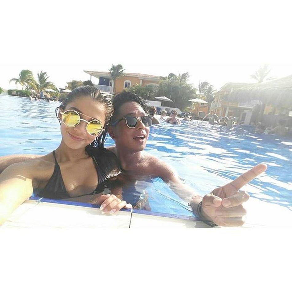 """This summer is gonna hurt like a motherfucker""...aka sunburn 😂💑 Summerdays  Baecation Staycation Cancun"