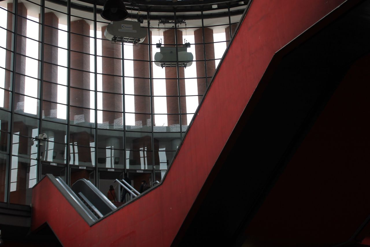 Indoors  No People Low Angle View Architecture Day Travel Check This Out Hanging Out Atocha Train Station Taking Photos Enjoying Life Traveling Architecture Architecture_collection Architectural Feature Red
