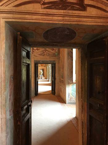 Hinter jeder Tür ein Weg Doors Türen Ways Wege Italy Italien Villadeste