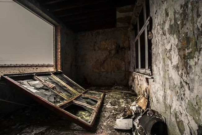 Lostintime Beauty Of Decay Marodes Old Building  NIKON D5300 Lostplaces Destroyed Urbanexploration Abandoned Places