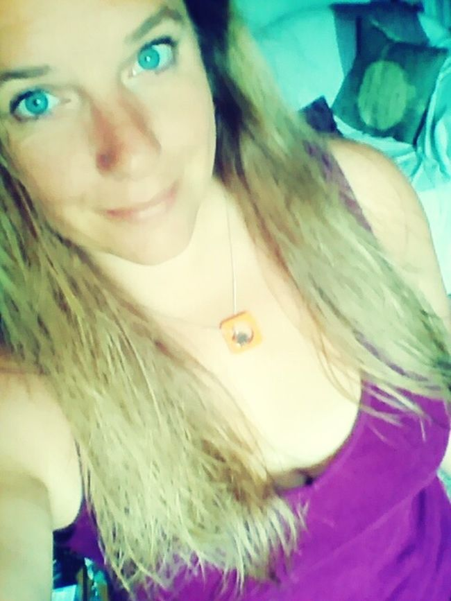 Selfie ♥ Blue Eyes Blondie Purple Feeling Brave