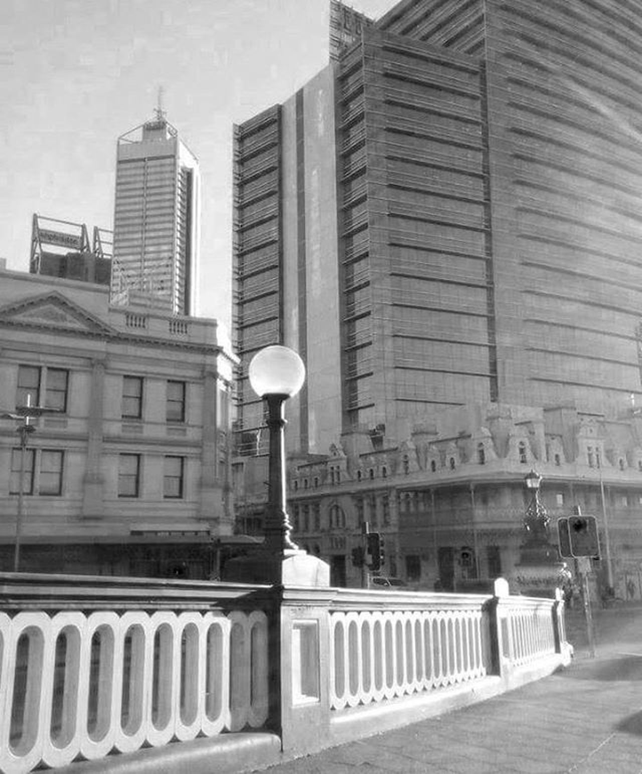 City lampAustralia WestCoast Perth Blindgeometries Blackandwhite