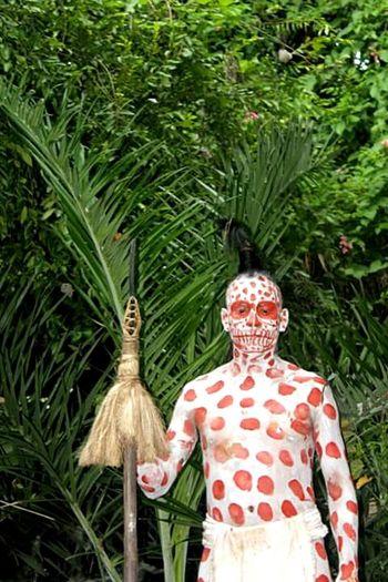 Piel a lunares. Mayan Body Painting