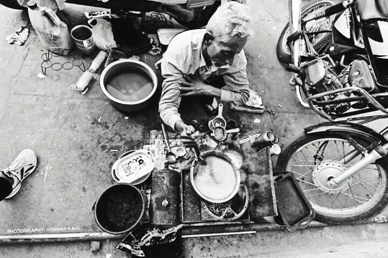 Street Vendor making Chai Tea in Jaipur Rajasthan Incredible India Rich VS Poor