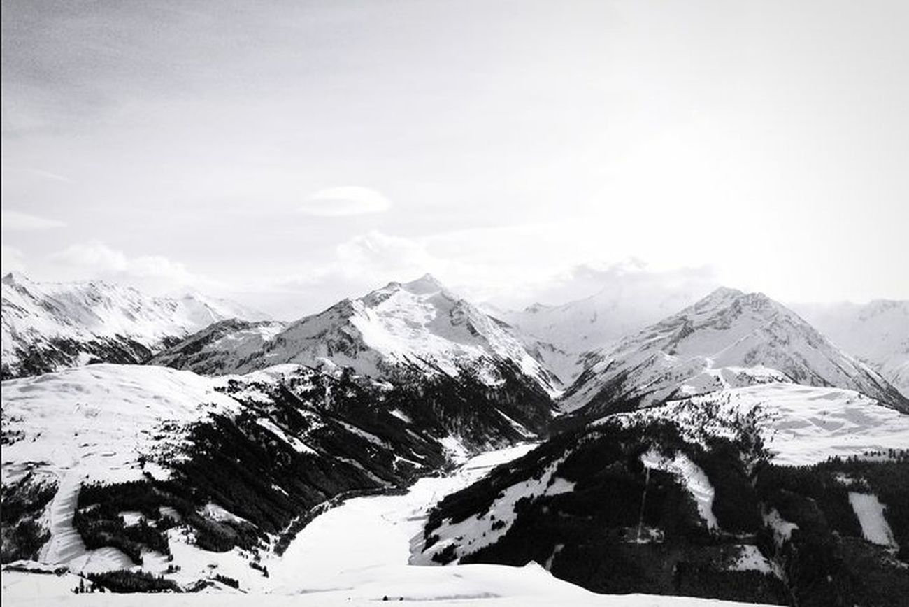 Follow @SylvieGagelmann she takes really great pics*-* Photography Photographer Shoutoutvlog EyeEm Best Shots EyeEm Best Edits Popular Photos EyeEmBestPics Natur Clouds And Sky Mountains