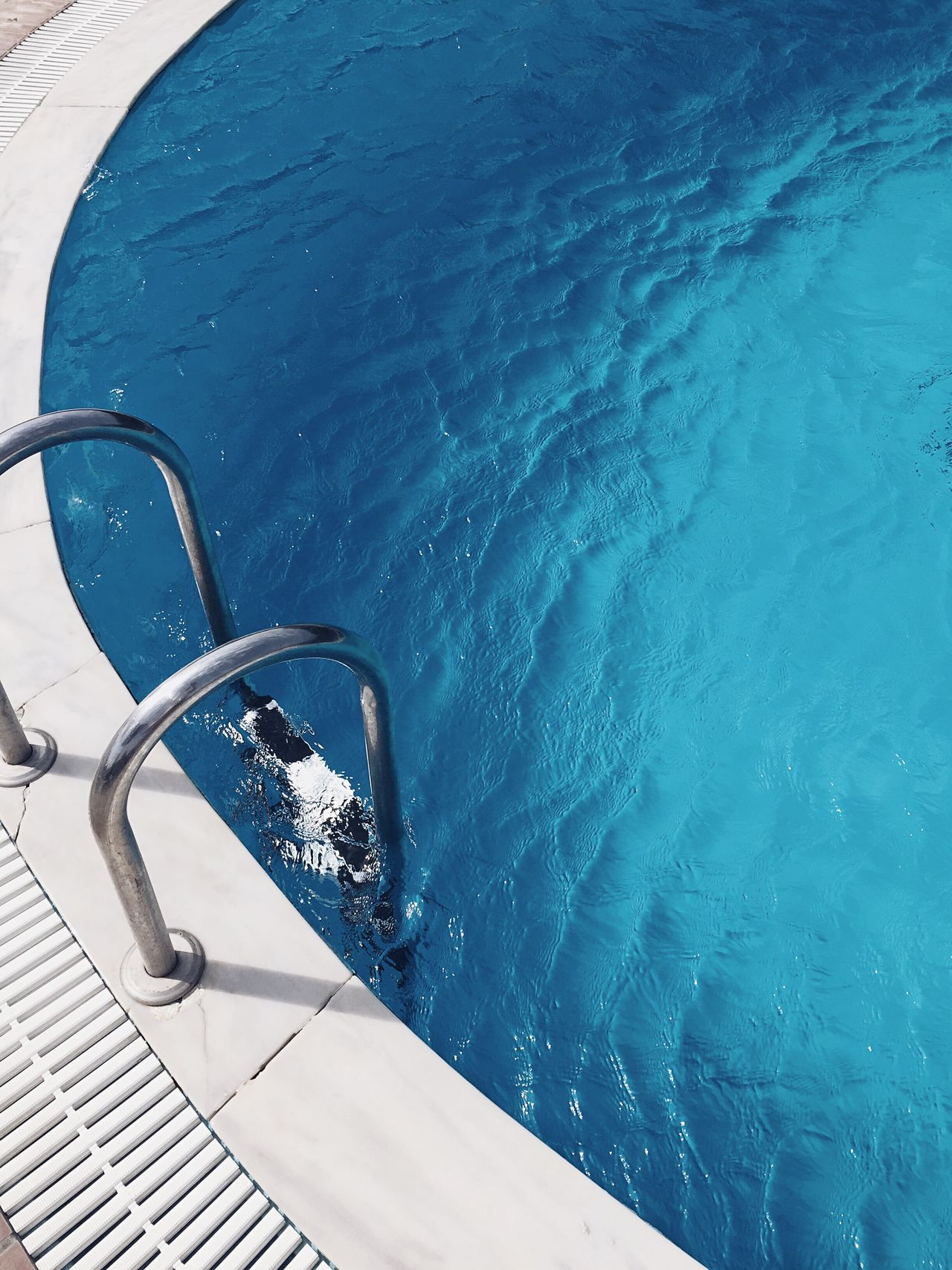 Live For The Story Swimming Pool Summer Water No People Sea Vacations Outdoors Sunlight Blue Day Nature Beauty In Nature Close-up TheWeekOnEyeEM EyeEm Best Shots Minimalism Minimal Minimalobsession Minimalist Minimalistic Minimalist Photography  Pool Poolside BYOPaper!