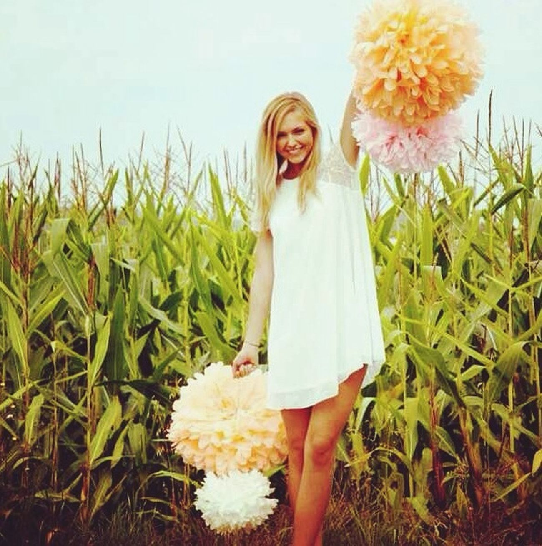 Floves Wihte Dress Fashion Flowers