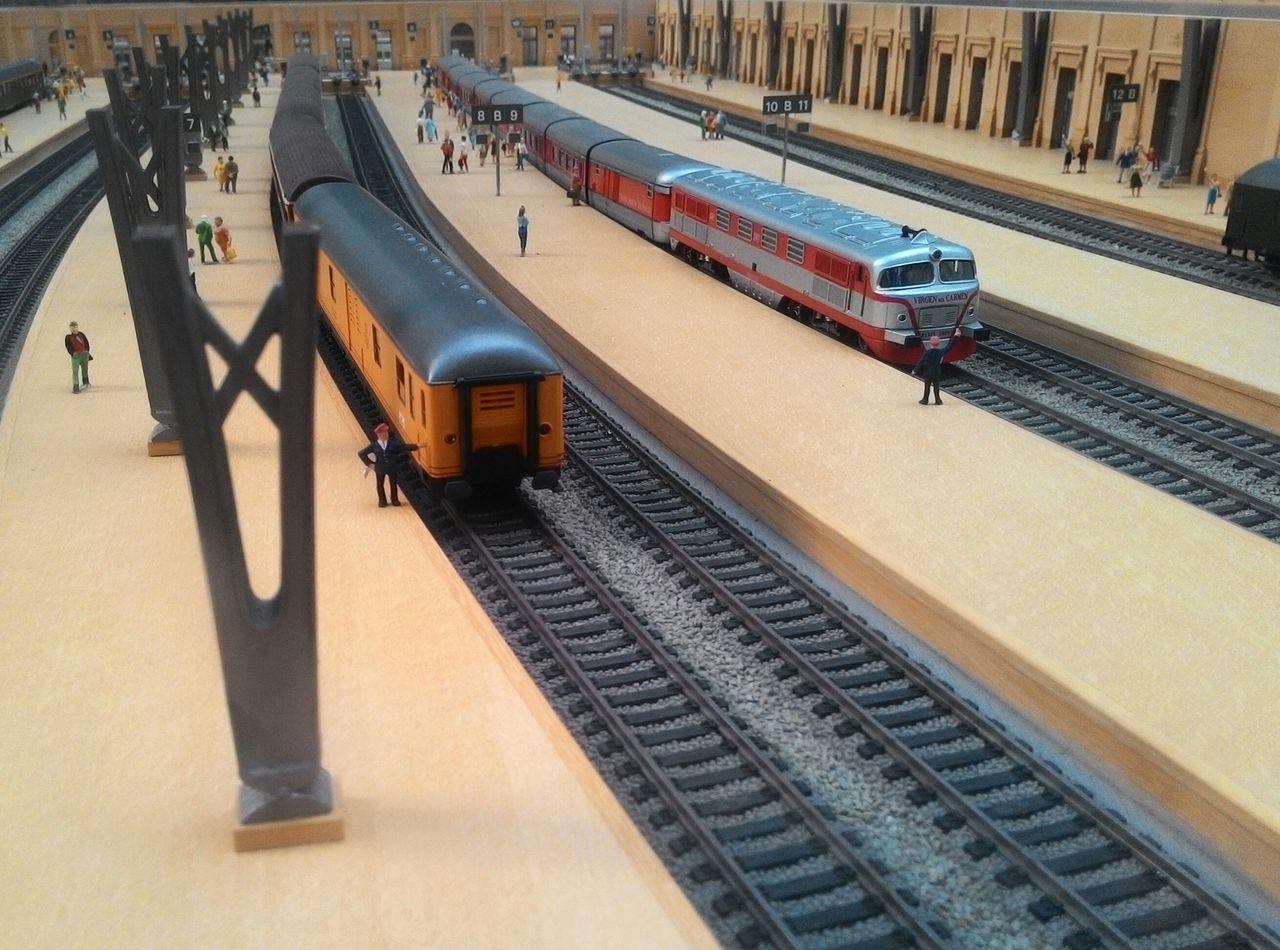 Train Station Estación De Tren Trains Trenes Wagon  Vagon Estacion De Francia Barcelona