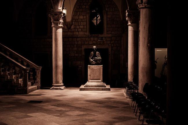 Statue Dubrovnik Historical King's Landing