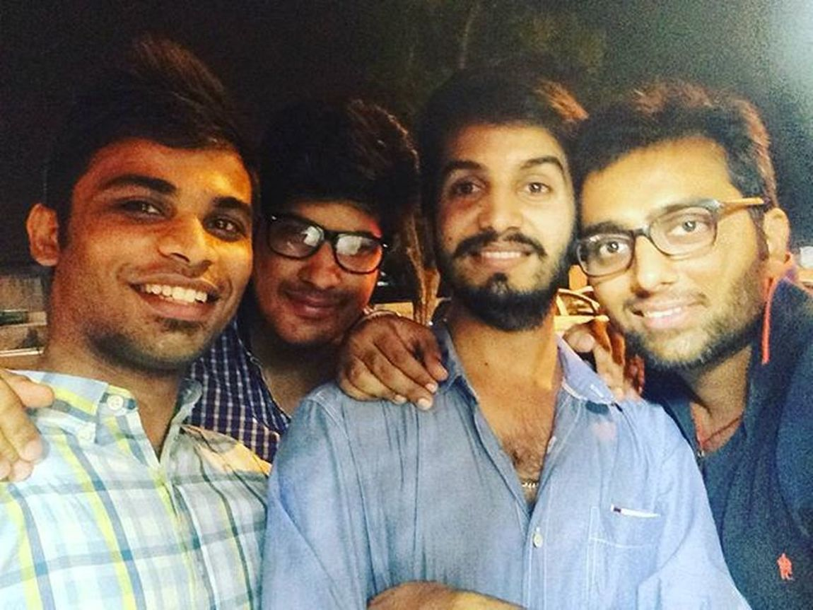 Throwback Funtime Friends College Food Drinks Cp Jobless Startup Afterlongtime Nighttime Swag Beard Beardlife .. :p
