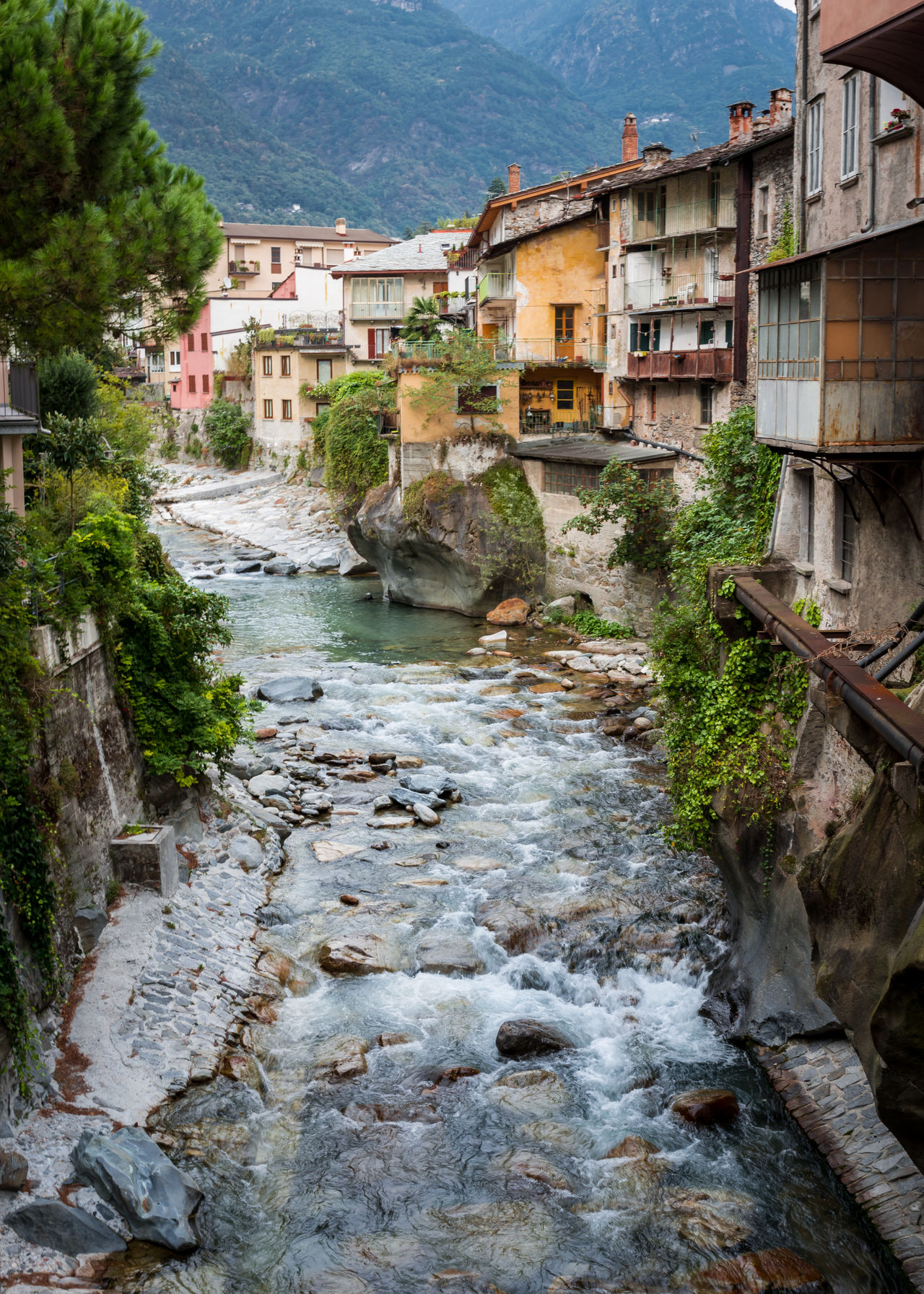 Building Exterior Built Structure Chiavenna Flow  Getty Images Italy My Year My View Nature Old Buildings Old Town Old Village River Rock - Object Rock Formation Rocks Rocks And Water Village Miles Away