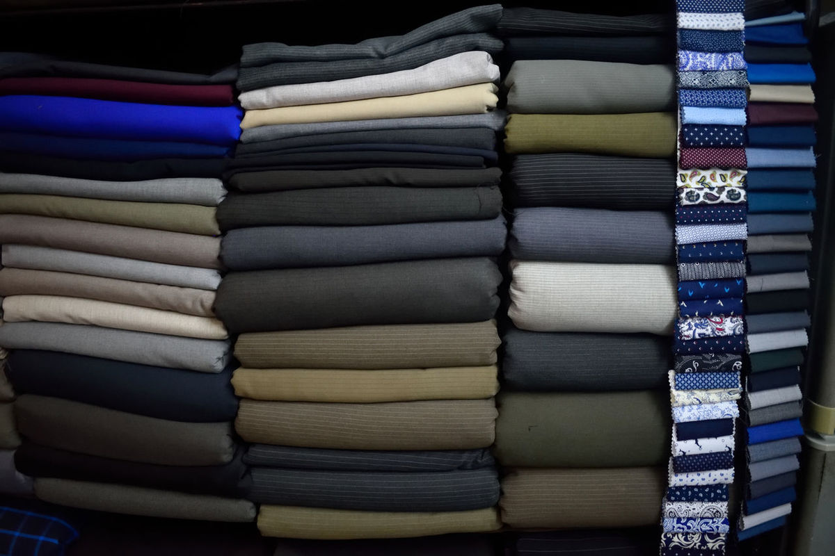 Retail  Choice Store Stack Variation Large Group Of Objects Arrangement Multi Colored Tailorshop Hoi An, Vietnam Tailoring Tailor Occupation Lifestyles Retail  Shelf Fabrics Market Tailor Made Cashmere Fabric Texture Retail  Stack