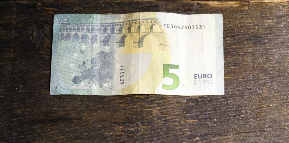 Close-up Euros Finance Geldschein  Money Paper Currency Savings Table Wood - Material