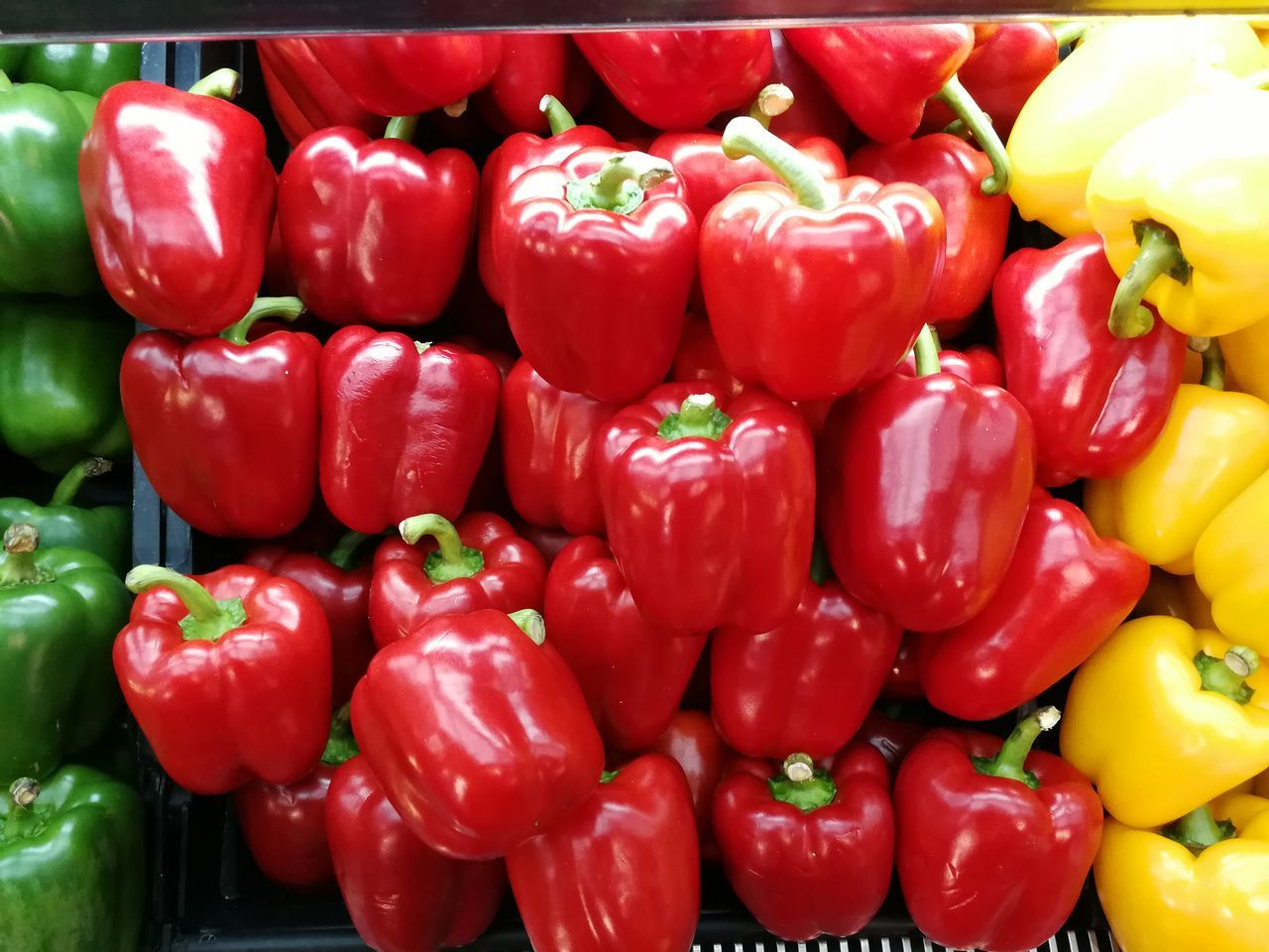 Abundance Backgrounds Bell Pepper Bell Peppers Capsicum Capsicum Pepper Close-up Day Food Food And Drink Freshness Full Frame Healthy Eating Indoors  Large Group Of Objects Market No People Pepper Peppers Red Red Bell Pepper Vegetable