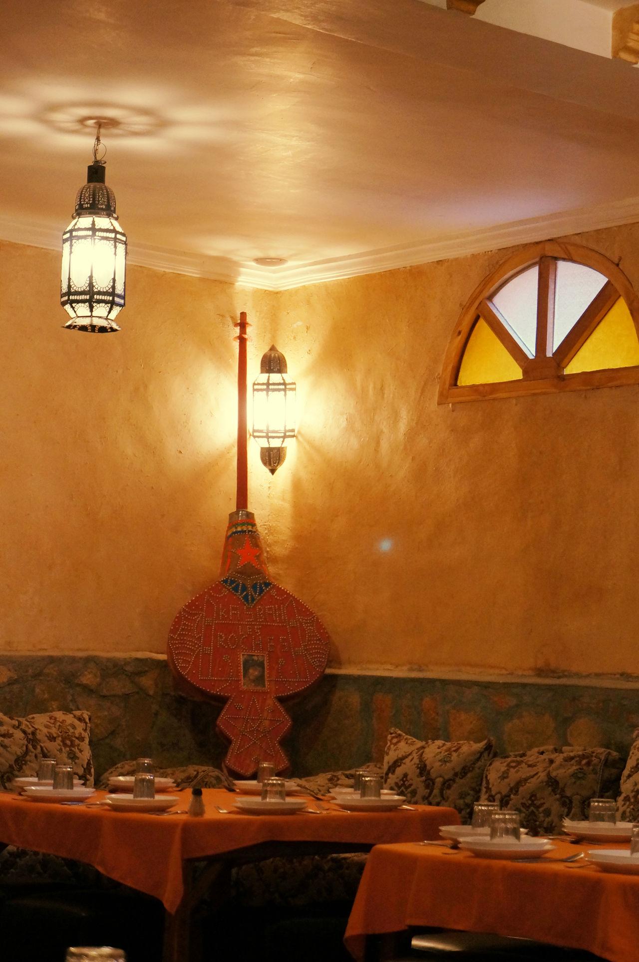 2012 Architecture Asian  Dinner Indoors  Lamp Light Lighting Equipment Lnstrument Morocco Pendant Light Restaurant Room Stendglass Window アジア モロッコ ランプ レストラン 楽器
