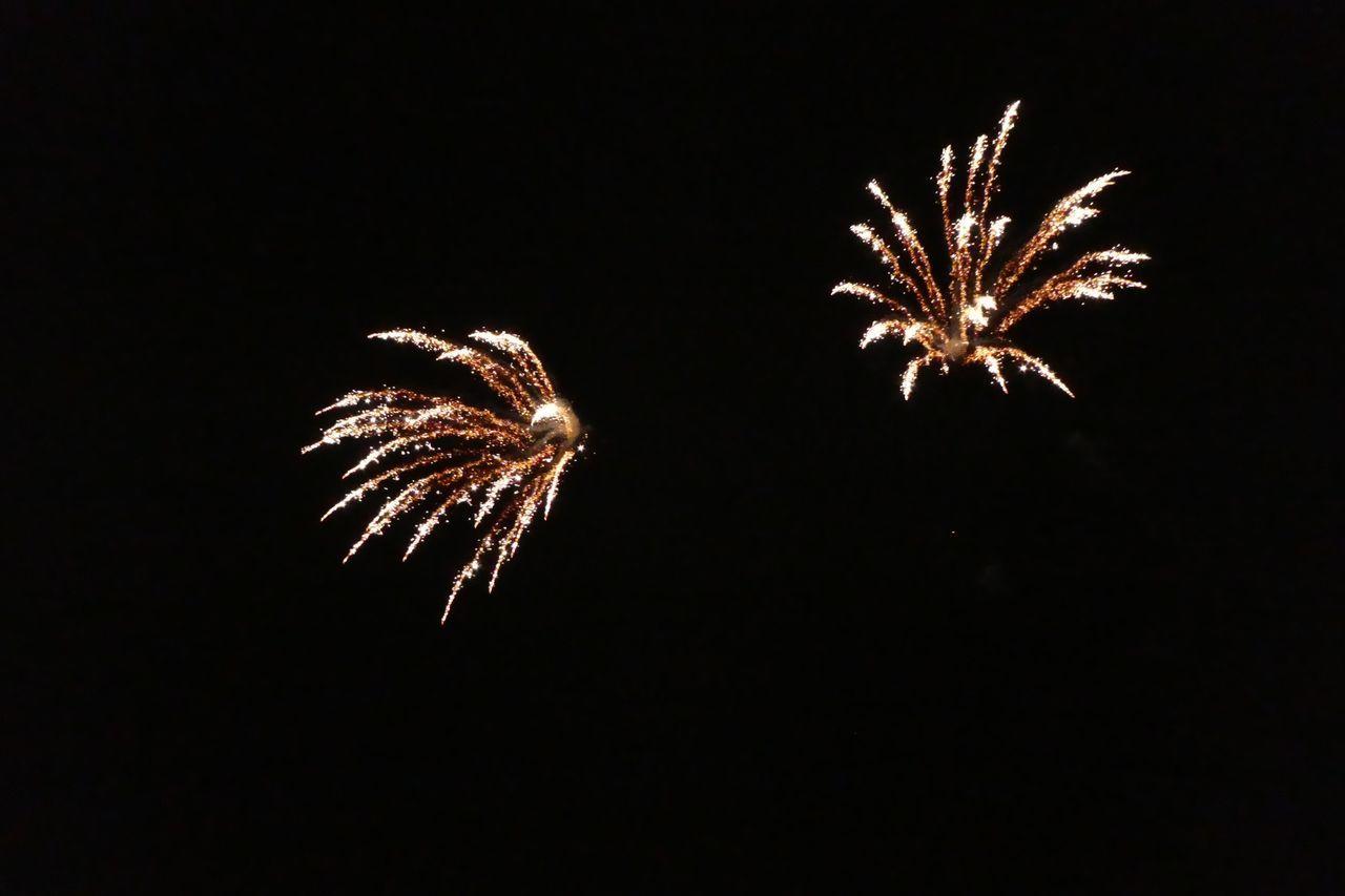 Bonfire night 2016 Firework Display Cambourne Cambridgeshire Fireworks Firework Fireworks In The Sky Fireworks Display Night Guy Fawkes Bonfire Night England