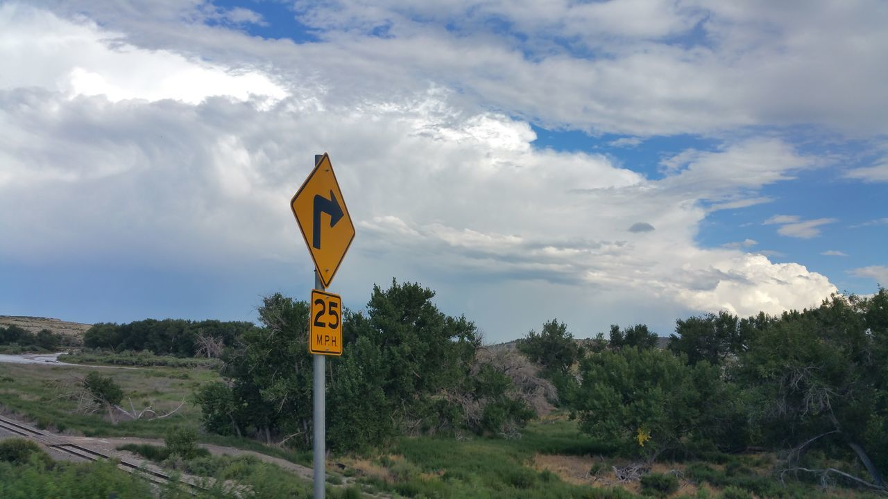 Landscape_photography Trees Hills Clouds Road Sign 25 Mph Arkansas River Colorado summer day Landscape #Nature #photography Landscape_Collection Landscape Nature Photography [