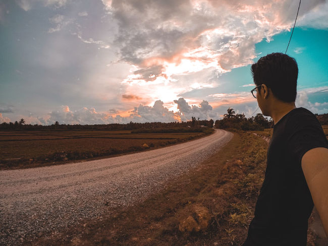 Sunset and its good Tranquility Outdoors Mountain Range Nature Non-urban Scene Tranquil Scene Mountain Gopro Beauty In Nature Cloud - Sky Artofvisuals Fatalframes Agameoftones Livefolk GoPrography Sunset