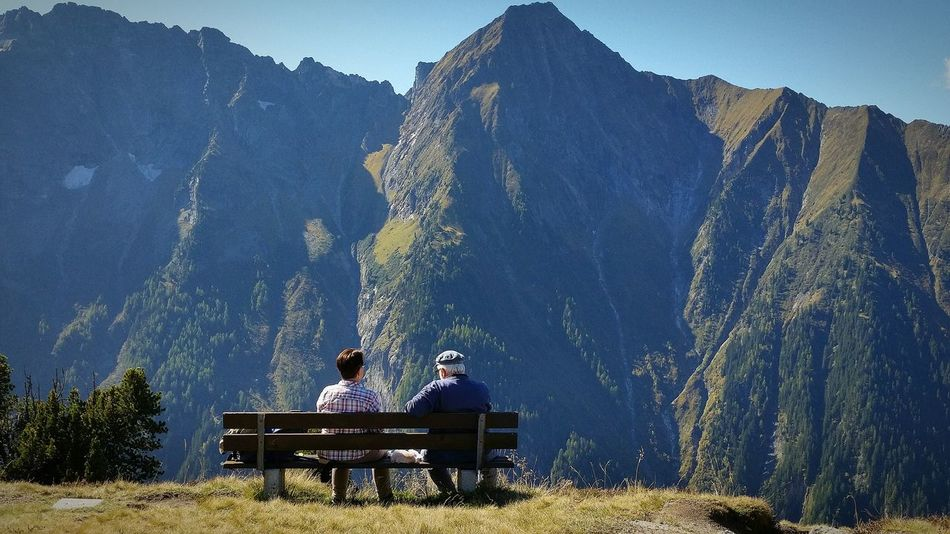 What do you Think ? What they are Talking About? I Love this Picture! Help Me to find the best Story! Married Couple Talking Pictures Thinking About Life Sitting Two People Friendship People Outdoors Beauty In Nature Sky Mountain People And Places Nice Day Travelling Photography Eyem Nature Lovers  EyeEm Austria Mayrhofen Miles Away