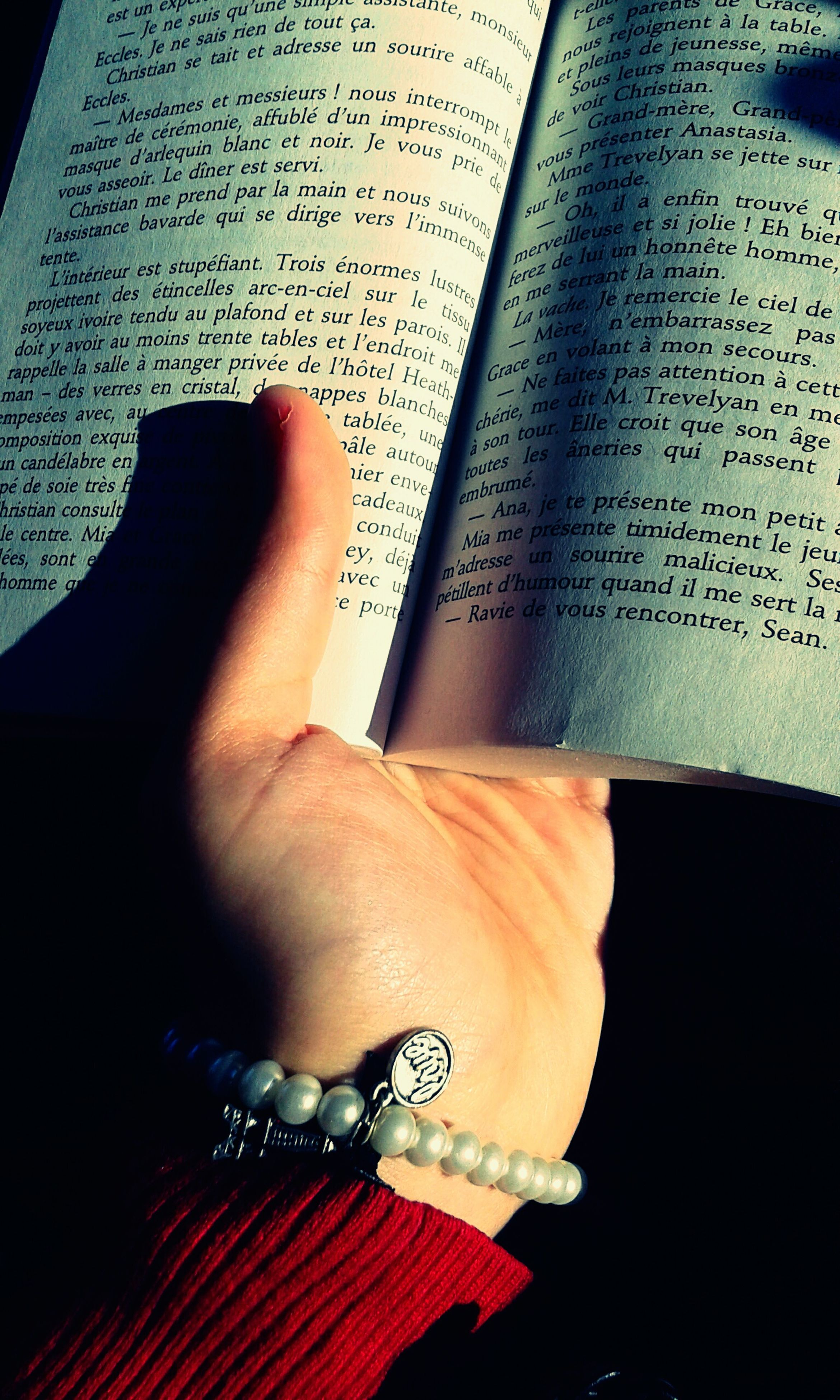 person, indoors, part of, human finger, cropped, holding, close-up, book, communication, lifestyles, paper, personal perspective, unrecognizable person, text, touching, education
