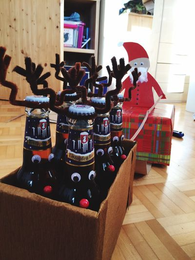 Indoors  No People Day Eiszapfen Eiszapfenbier Bier Bier Time Bithday Christ Christmas Present Beer Beer Time Beer - Alcohol Present Gift
