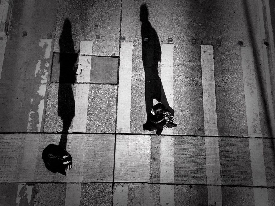 Shadow Real People Walking People Shadow And Light Shadows & Lights Highangle Topview Birdview Birdsview B&w Black & White Black And White Tsuistyle Photography EyeEmNewHere Adapted To The City Hongkongcity Hong Kong HongKong Hkig Two People Love In The Air Sun And Shadow Adapted To The City The City Light Welcome To Black