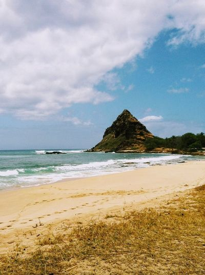 Leeward Oahu Hawaii Island Of Oahu, Hawaii Sky Cloud - Sky Beach Pacific Ocean Horizon Over Water Sand Water No People Wave The Week On EyeEm Tropics Tropical Tropical Island Oahu Oahu, Hawaii Hawaiian Islands Paint The Town Yellow Been There. Lost In The Landscape Second Acts Perspectives On Nature Oahu / Hawaii An Eye For Travel