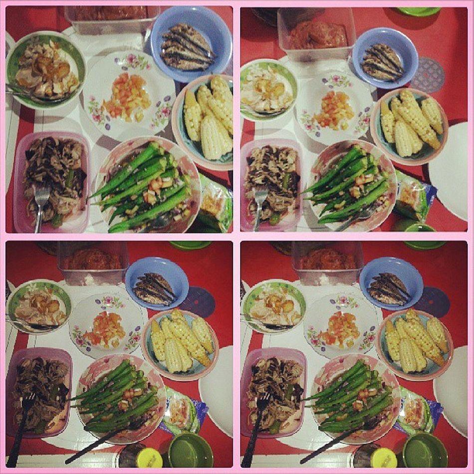 Breakfast for today ♥ Blanched okra Tuyo Redegg Ham mushroom kamatis bagoong! yeahbaby! busog!