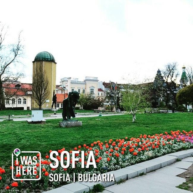 My Bulgaria Travel Series : Streetphotography Sofia, Bulgaria Landscape Cityscapes Travel Photography Solotraveler Lizara ❤️ Be Crazy, Be Happy!!  In Foreign Land ✨💋✨❤️✨
