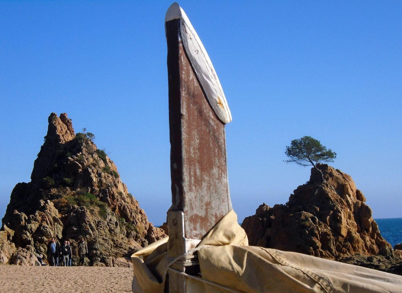 Blue Clear Sky Rock - Object Physical Geography Tree Low Angle View Nature No People Day History Outdoors Boat Between EyeEm Nature Lover Sky Statue Sculpture Boulder - Rock Ancient Civilization Ancient History