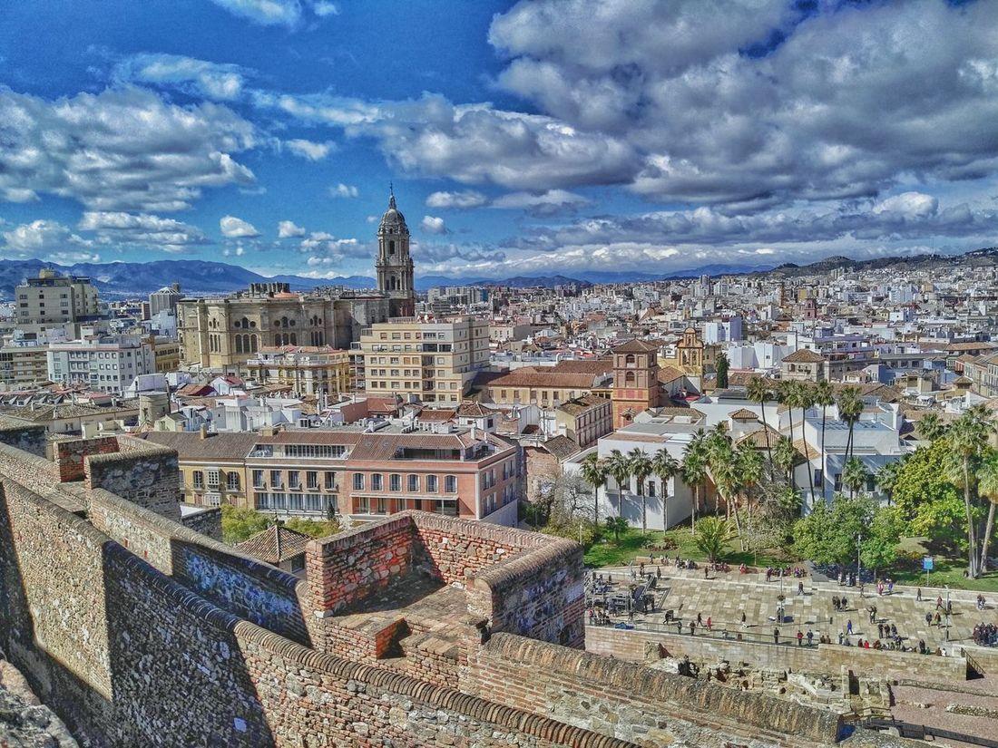 Malaga Andalucía Alcazaba España🇪🇸 Photo Of The Day Photo Huaweig8 Photoart Color Photography Mobilephoto Mobilephotography Foto Mobileart Huawei Spain ✈️🇪🇸 Gibralfaro Malagacity Photography Streetphotography Catedral Catedraldemalaga