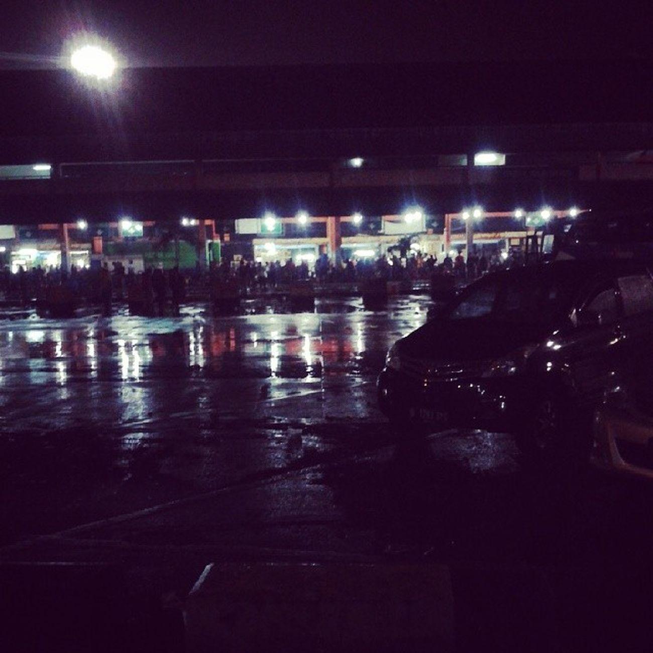Delay.....3hour