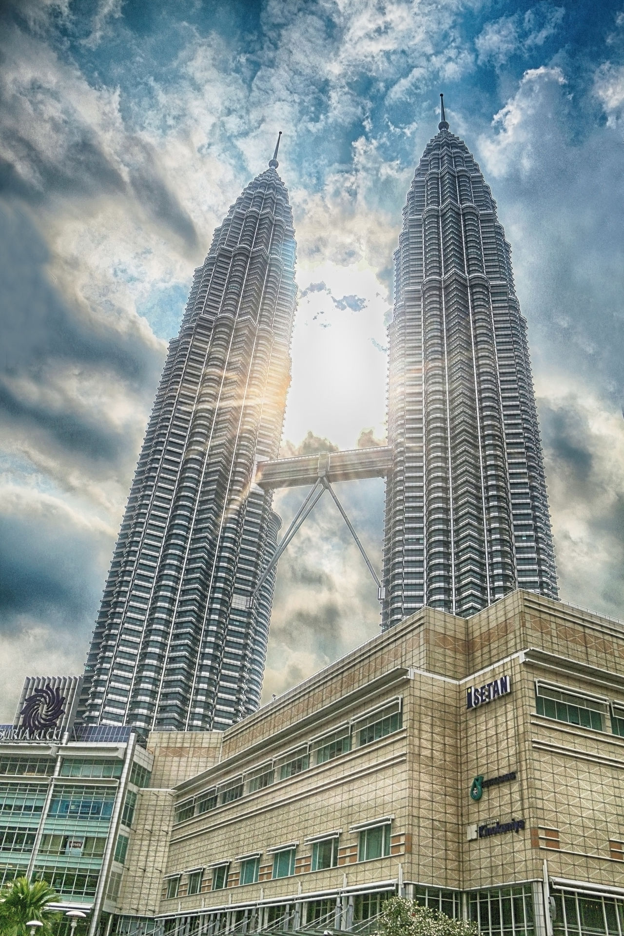Architecture Building Exterior Built Structure City Cityscape Cloud - Sky Day KLCC Tower KLCC Twin Towers KLCC❤❤ Low Angle View Modern No People Outdoors Sky Skyscraper Sunlight Tall - High Tower Travel Travel Destinations Urban Skyline