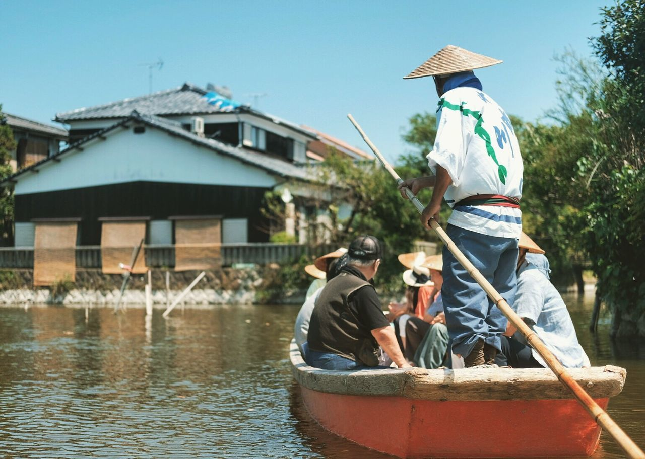 My Year My View It was definitely the hottest year, 2016. Took a boat tour in Yanagawa, Japan for an hour with no shade over 33 degrees. What a day! Boat Tour Fuji X-Pro 2 Yanagawa Japan Photography Traveling Travel Photography 2016 Summer Summer Canal Fukuoka,Japan