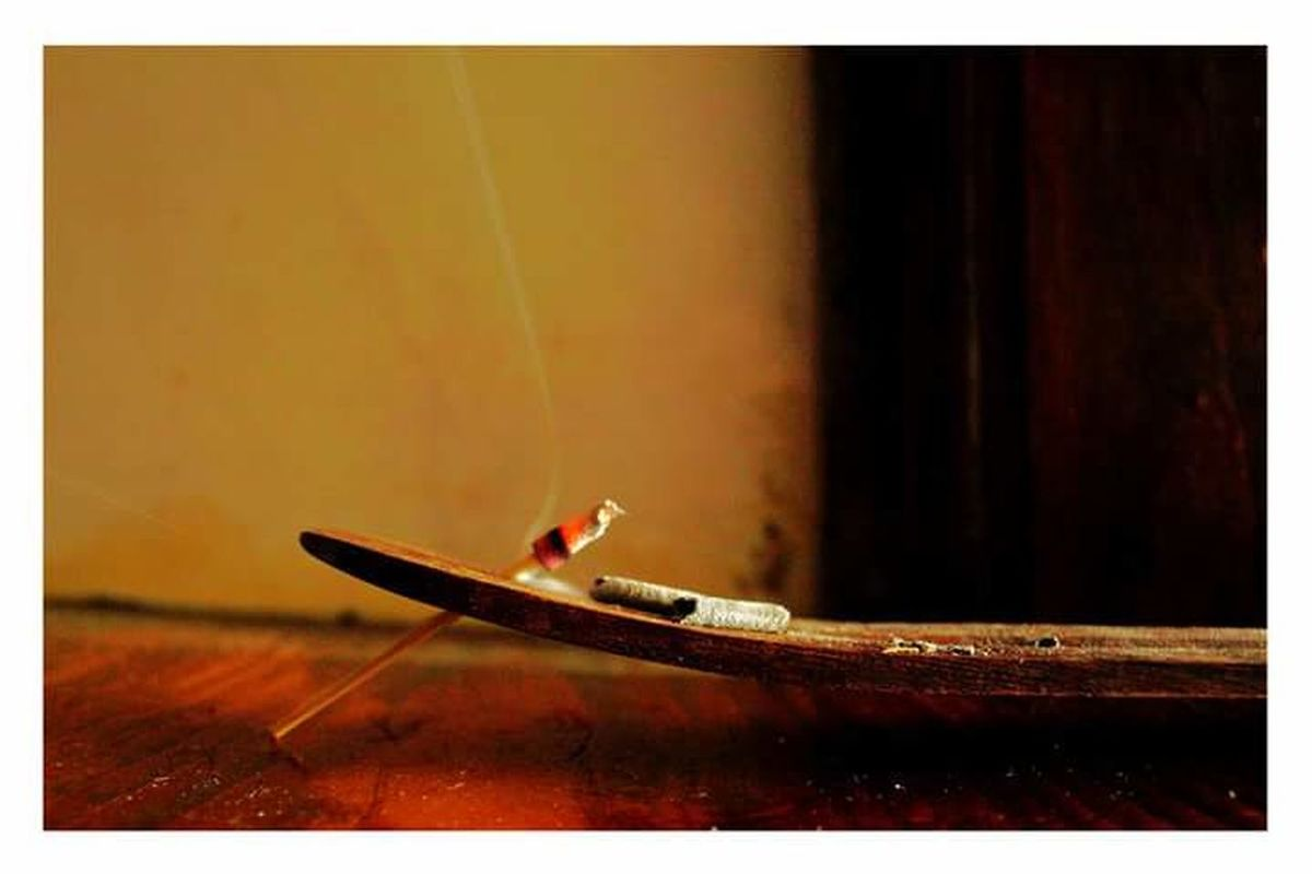 Incense Incense Sticks Incenseholder Incense Smoke Ash Odour Time Timepass Time To Relax