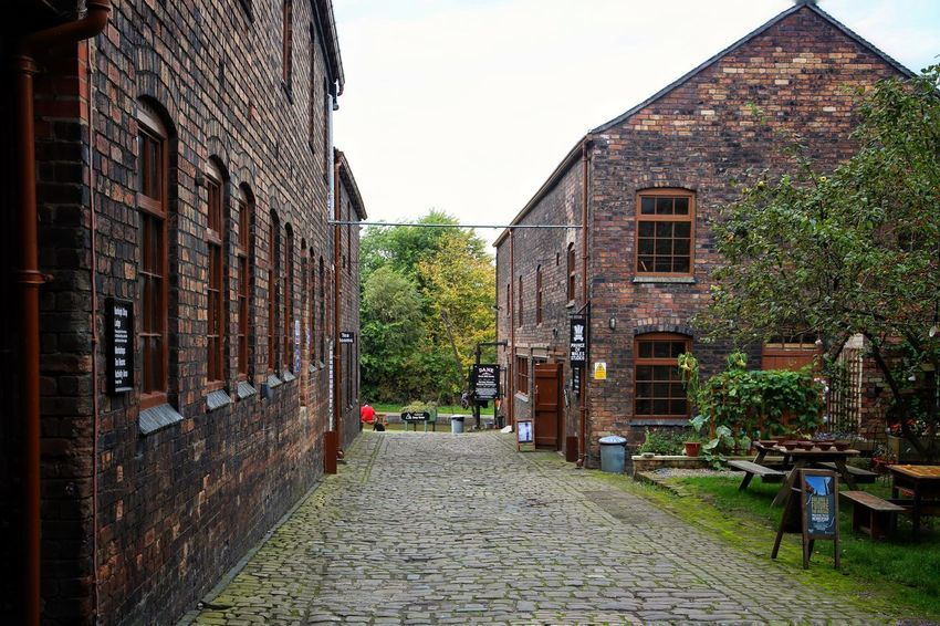Middleport Pottery Architecture Building Exterior Built Structure City Day Middleport Pottery No People Outdoors Pottery Sky The Way Forward Tree